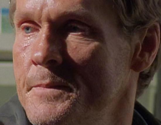 """Roswell"" Season 1, Episode 22 Season Finale Screencaps"